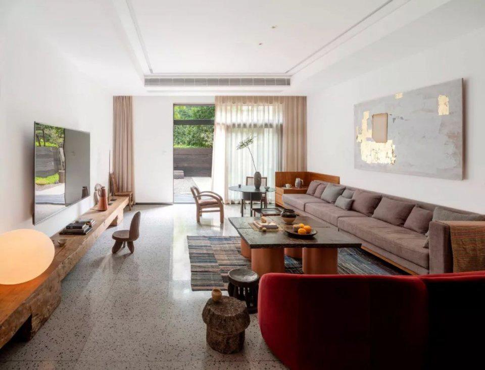 Cặp vợ chồng trẻ cải tạo căn nhà ngoại ô rộng 150m2 đã xây cách đây 20 năm thành không gian góc nào cũng đẹp đến cực độ - Ảnh 11.