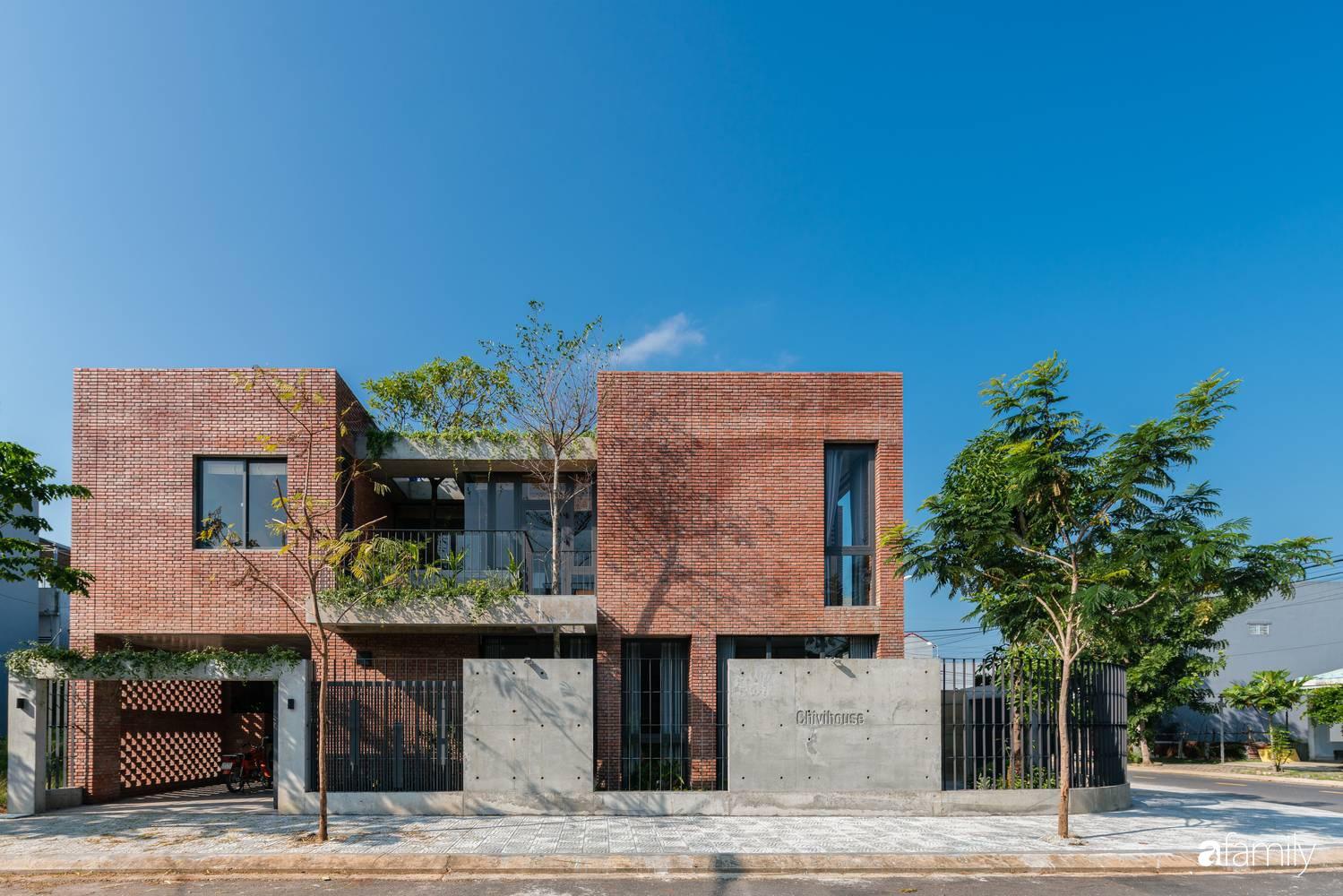 Ngôi nhà sử dụng vật liệu thuần tự nhiên tạo cảm giác bình yên cho hai cô con gái nhỏ cùng nhau lớn lên ở Đà Nẵng - Ảnh 2.
