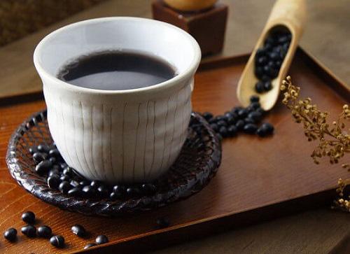 """Uống nước đậu đen rất tốt nhưng nếu làm thêm 1 bước """"đặc biệt"""" này khi nấu, bạn sẽ thấy sức khỏe lột xác ngoạn mục trong thời gian ngắn - Ảnh 7."""
