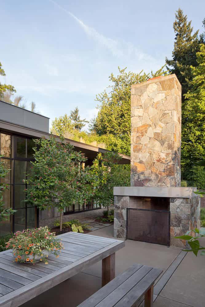 Chị em công sở ghen tị với chủ nhân ngôi nhà đẹp như cổ tích lại nằm giữa không gian thiên nhiên rộng lớn toàn hoa thơm cỏ lạ - Ảnh 8.