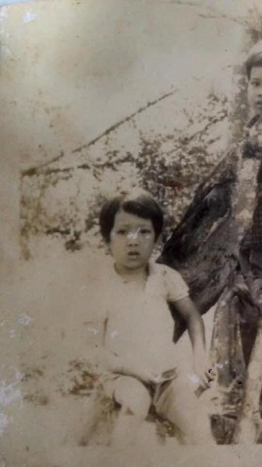Trường Giang hiếm hoi tiết lộ hình ảnh lúc bé nhưng gương mặt không khác mấy so với hiện tại - Ảnh 2.