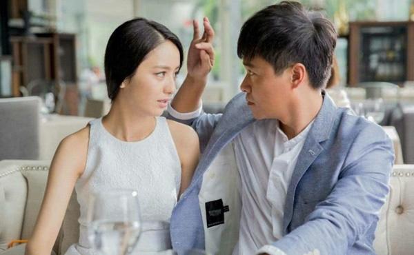 """""""Người đẹp Tân Cương"""" Đồng Lệ Á quyết định đệ đơn ly hôn sau khi biết chồng lại """"ngựa quen đường cũ"""" ngoại tình với hơn 10 cô gái? - Ảnh 2."""