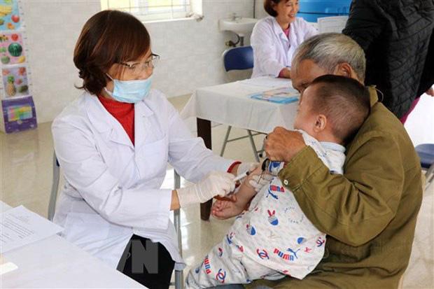 Bên cạnh dịch bệnh viêm đường hô hấp cấp do nCoV đang có diễn biến phức tạp cần đề phòng bệnh trong thời tiết đông - xuân - Ảnh 1.