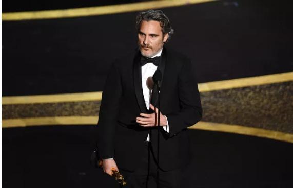 Kết quả Oscar 2020: Ký sinh trùng đi vào lịch sử giành 4 giải lớn, đạo diễn Boong Joon Ho ngồi sụp ở cánh gà vì choáng váng - Ảnh 6.
