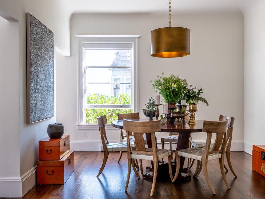 Luôn có ít nhất một lý do để bạn lựa chọn bàn ăn tròn cho ngôi nhà nhỏ của gia đình - Ảnh 12.