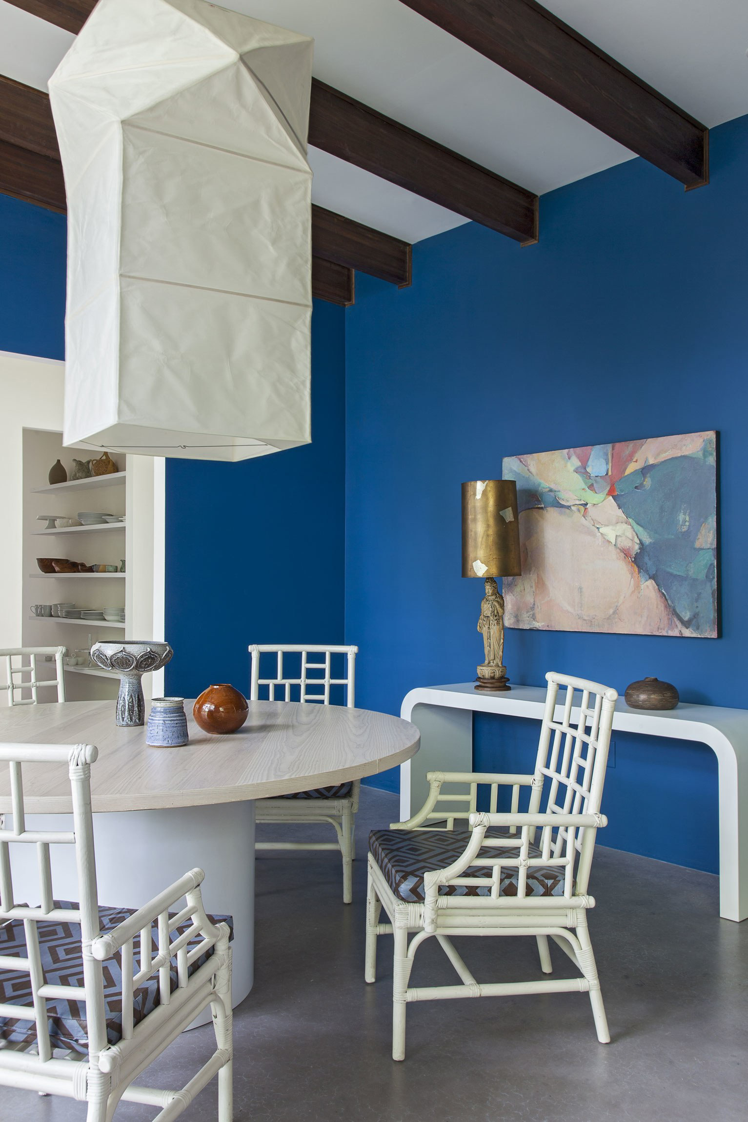 Luôn có ít nhất một lý do để bạn lựa chọn bàn ăn tròn cho ngôi nhà nhỏ của gia đình - Ảnh 16.