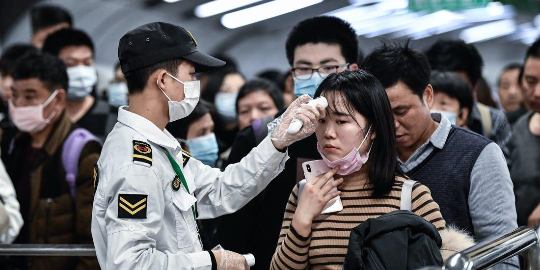 """Bệnh viêm phổi cấp Vũ Hán rất có thể sẽ trở nên """"siêu lây lan"""" khi bỗng dưng xuất hiện tình tiết bất thường này - Ảnh 1."""
