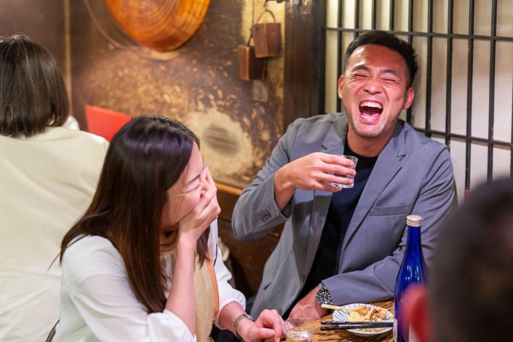 Văn hóa Nomikai hay những câu chuyện xấu hổ đáng quên trên bàn nhậu của dân công sở Nhật Bản - Ảnh 2.