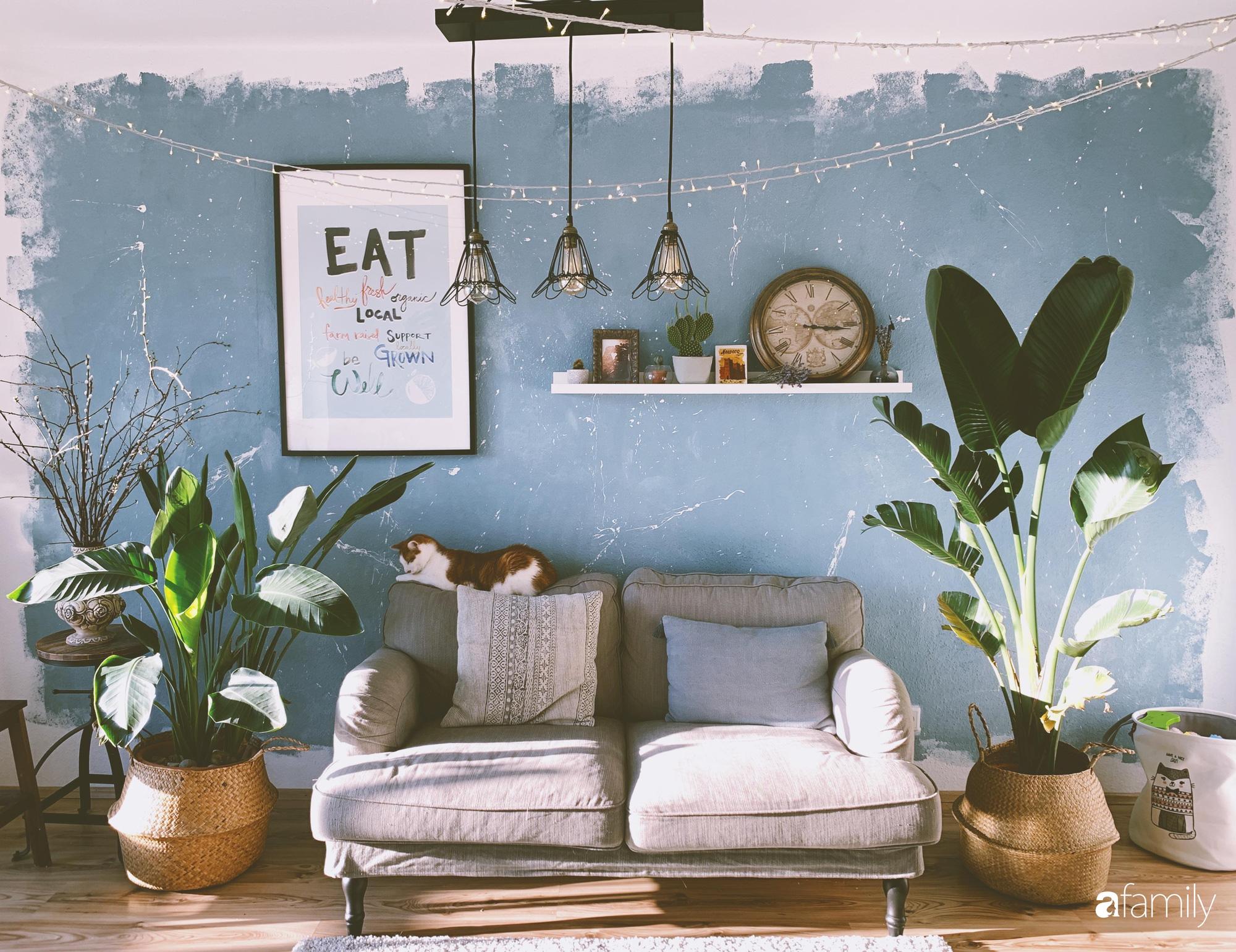 Tự tay cải tạo từng góc nhỏ, căn hộ của vợ chồng trẻ biến thành tổ ấm màu xanh đẹp như trong tạp chí - Ảnh 6.