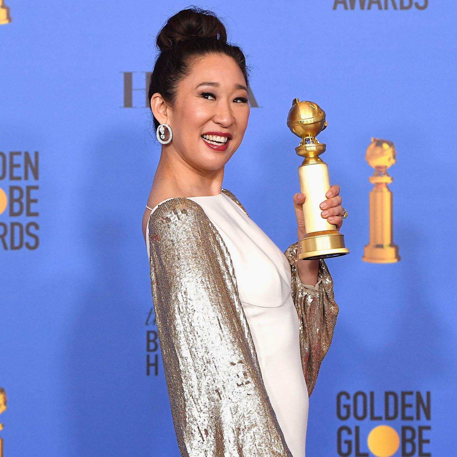 Sandra Oh - niềm kiêu hãnh của điện ảnh châu Á tại Hollywood, lộng lẫy trong một thiết kế của NTK Công Trí - Ảnh 4.