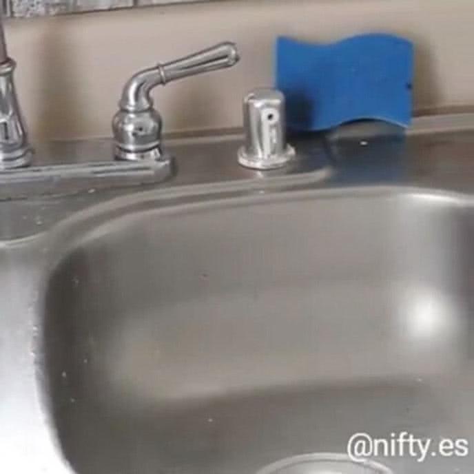 Làm sạch nhà cửa không khó nếu các chị em nắm được 8 mẹo dọn dẹp đỉnh cao này - Ảnh 4.