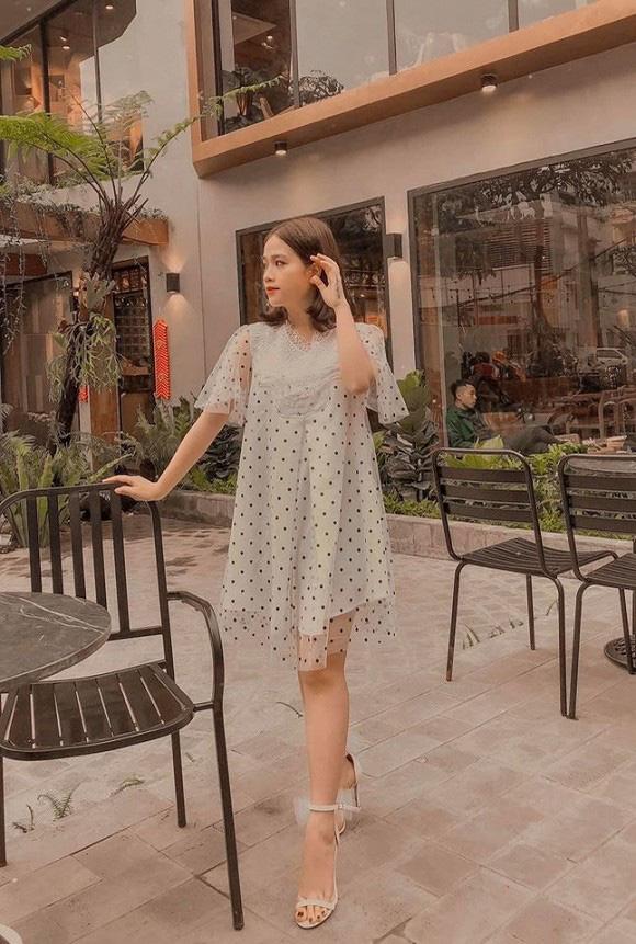 """Bạn gái mới của Quang Hải lại được đưa lên """"bàn cân"""" cùng Nhật Lê, nhưng kết luận lần này của dân mạng mới gây bất ngờ - Ảnh 3."""