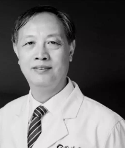 Nhiễm virus corona khi các biện pháp cách ly chưa áp dụng, bác sĩ nổi tiếng của Trung Quốc qua đời sau gần 1 tháng nhập viện điều trị - Ảnh 1.