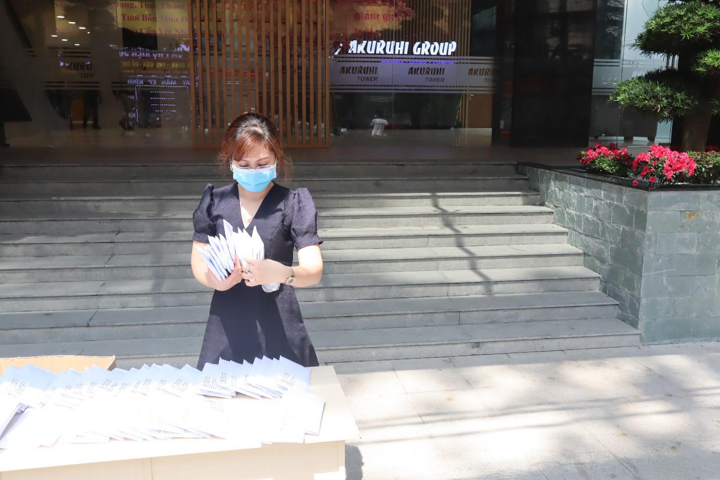 Siêu thị Nhật Bản Ichiban Market phát khẩu trang miễn phí - Ảnh 4.
