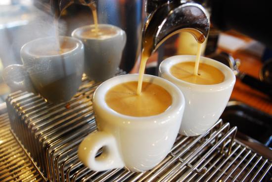 Có thèm cà phê cỡ nào cũng phải ngưng ngay khi cơ thể xuất hiện 6 tín hiệu này, cứ