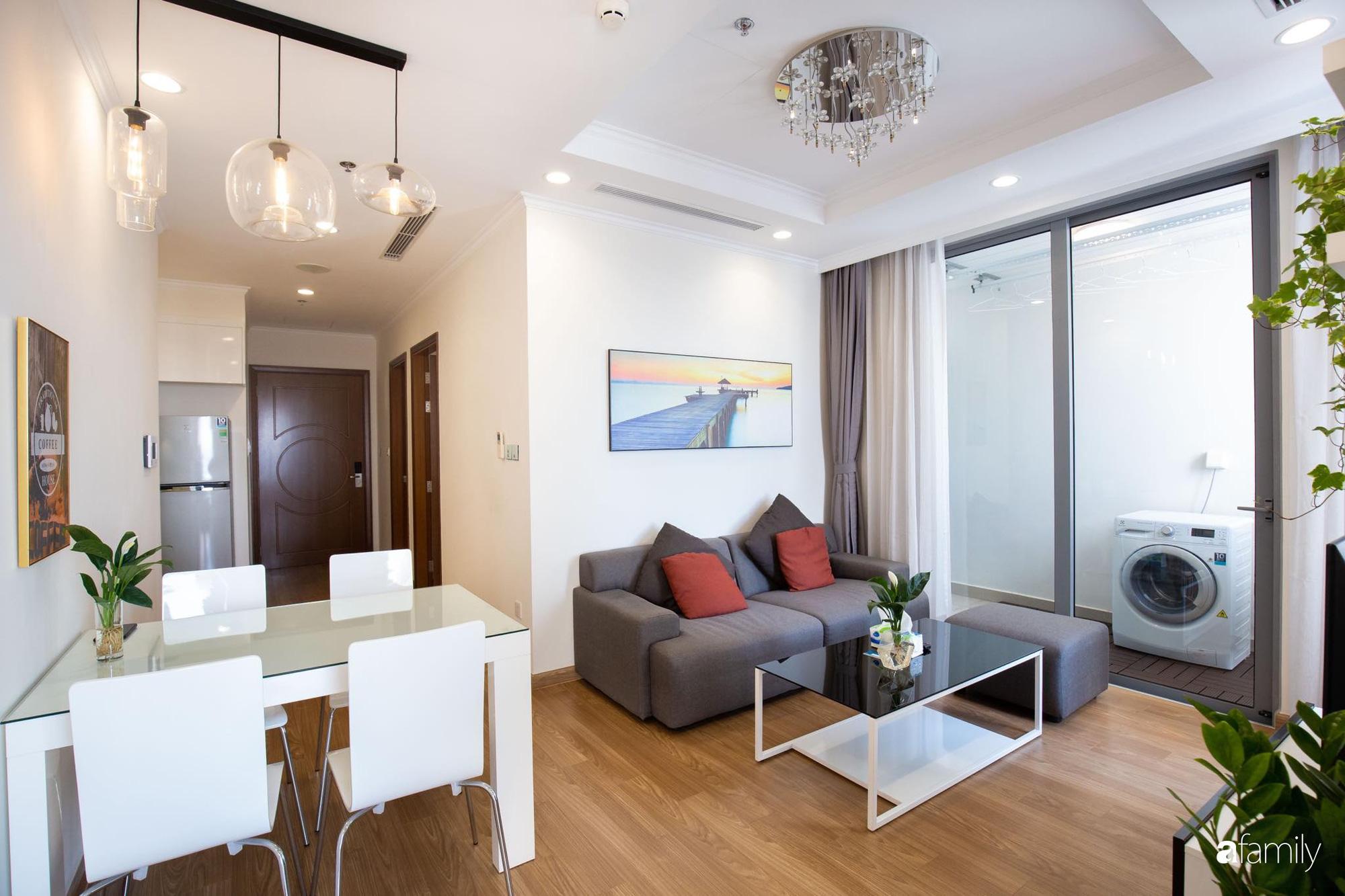 Căn hộ 64m2 trên tầng cao đẹp lôi cuốn nhờ view ngắm hoàng hôn ở Hà Nội - Ảnh 2.