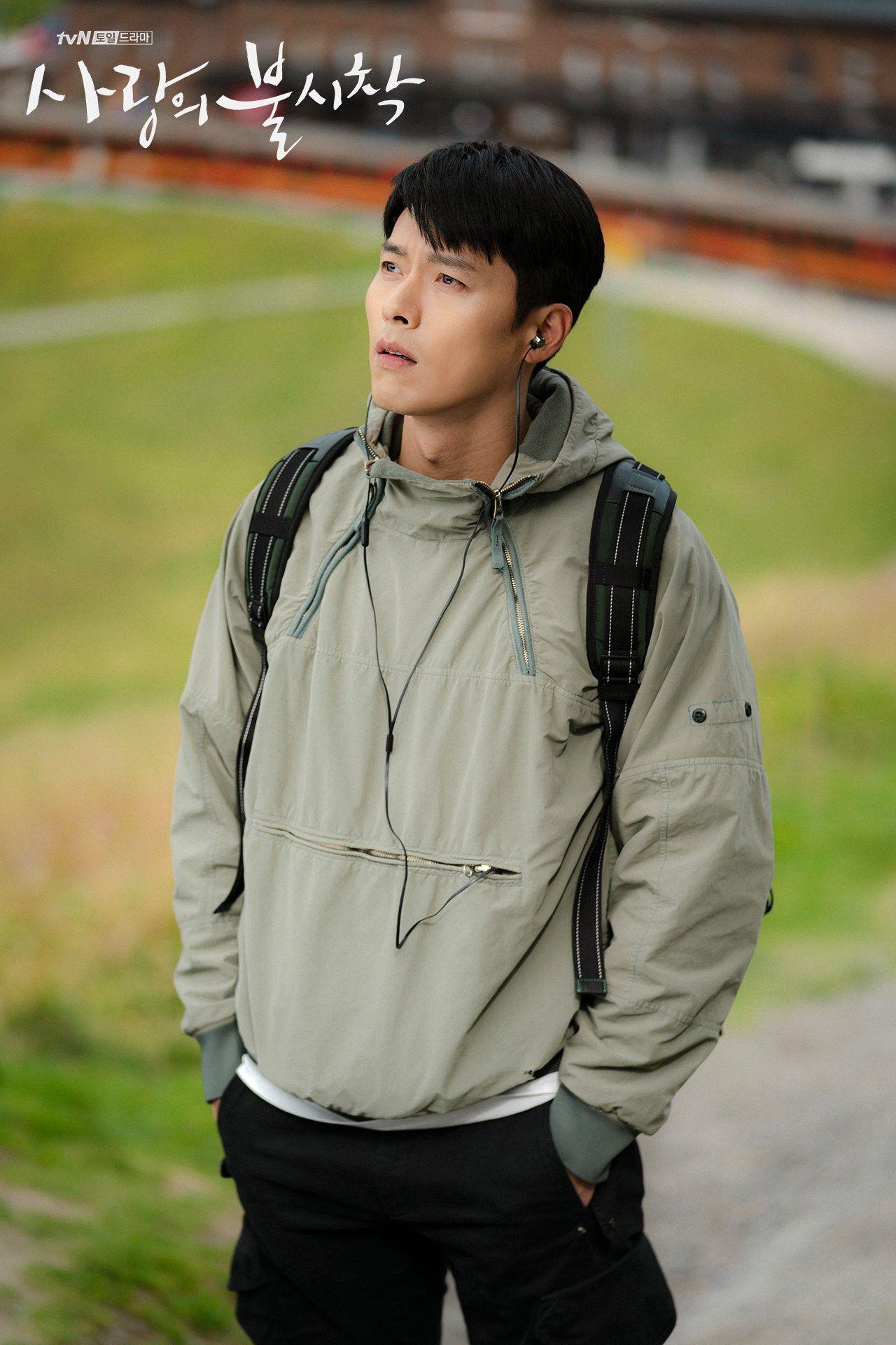 Anh quân nhân Hyun Bin: Bình thường lên đồ cũng vài chục triệu, tự nhiên lọt đâu chiếc sơ mi chỉ vài trăm mà vẫn chuẩn soái ca khiến chị em loạn nhịp - Ảnh 2.