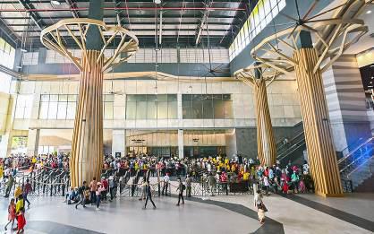 Có gì bên trong 'nhà ga cáp treo lớn nhất thế giới' tại Tây Ninh - Ảnh 2.