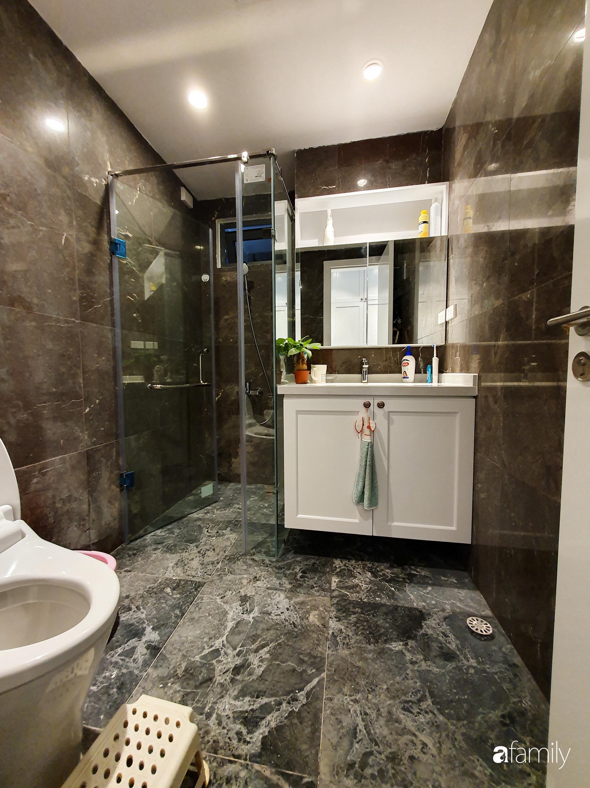 Căn hộ 116m2 hoàn thiện nội thất chưa đầy 1 tháng vẫn đẹp hiện đại, nền nã ở Cầu Giấy, Hà Nội - Ảnh 16.
