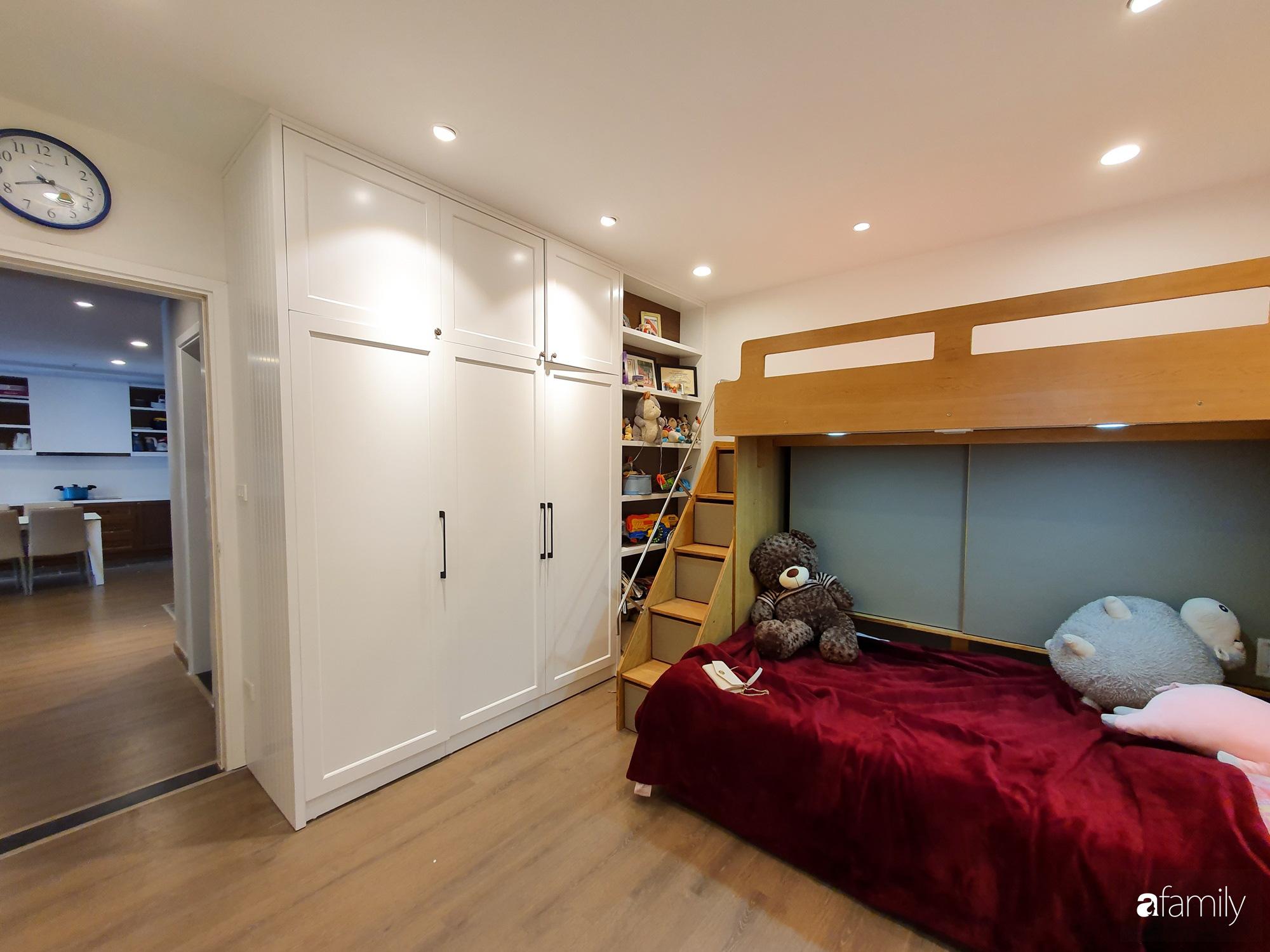 Căn hộ 116m2 hoàn thiện nội thất chưa đầy 1 tháng vẫn đẹp hiện đại, nền nã ở Cầu Giấy, Hà Nội - Ảnh 14.