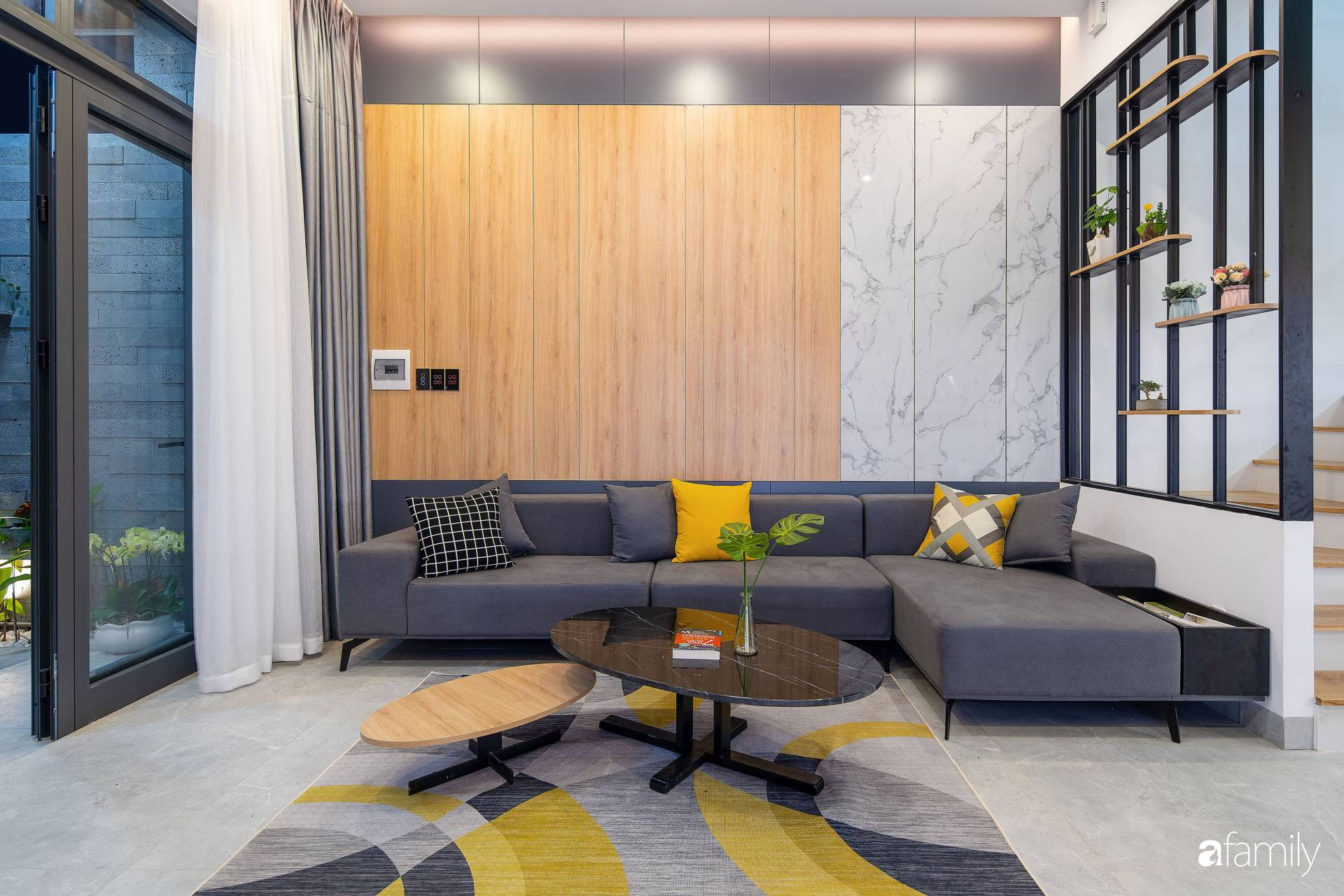 Ngôi nhà 100m2 thiết kế thông minh, tiện lợi dành cho gia đình 3 thế hệ ở Đà Nẵng - Ảnh 5.