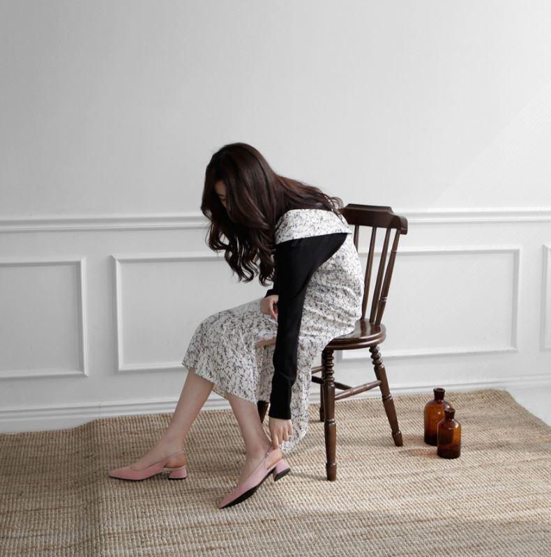 Chẳng phải kiếm đâu xa, kiểu giày không hẳn là cao gót này vẫn giúp đôi chân của chị em thon gọn hơn tức thì - Ảnh 5.