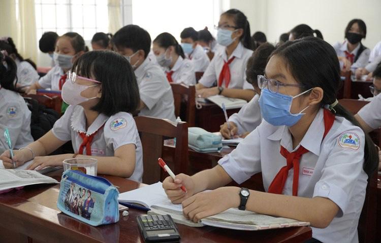 Chính thức: TP. HCM cho học sinh các cấp quay lại trường vào ngày 17/2 - Ảnh 1.