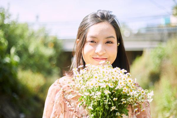 """Thảo Tâm – """"cô giáo Hồng"""" của Mắt Biếc đẹp dịu dàng trong """"Chờ ngày lời hứa nở hoa"""" - Ảnh 8."""
