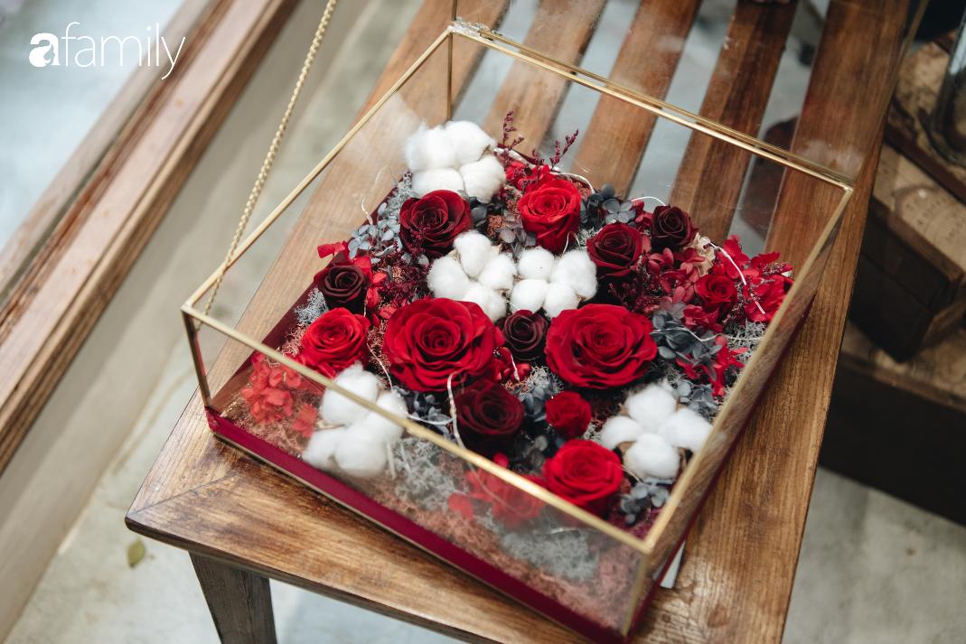 Giữa mùa dịch corona, hoa Valentine nhập khẩu vẫn đẹp ngây ngất kèm theo những món quà độc đáo xa xỉ dành riêng cho chị em - Ảnh 5.