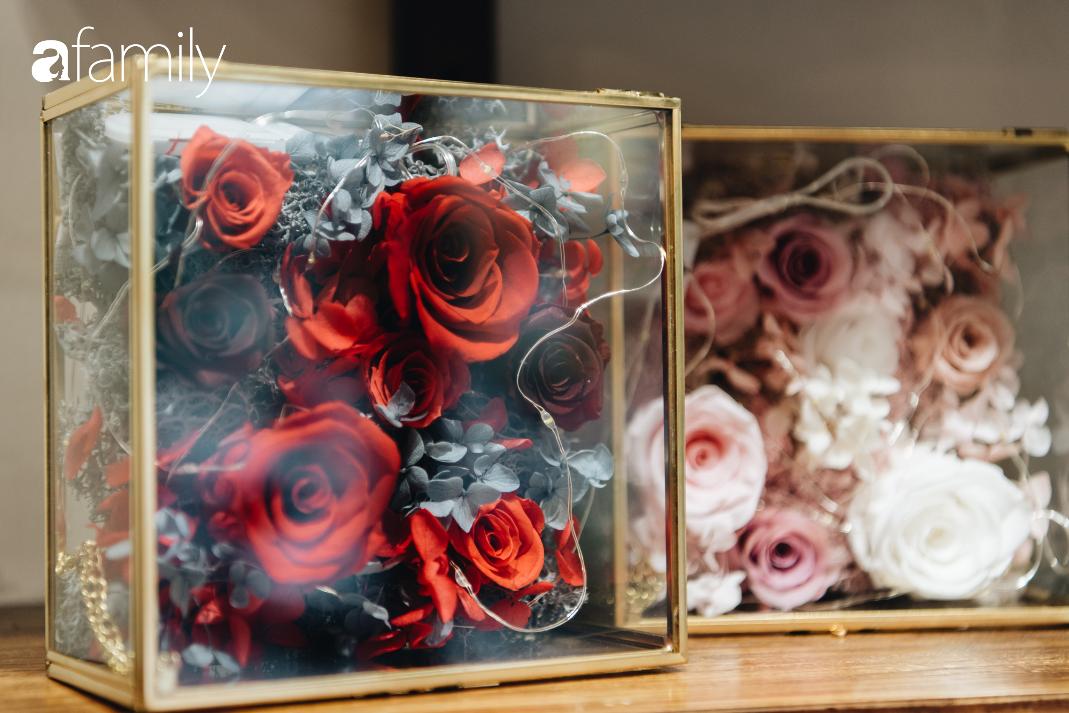 Giữa mùa dịch corona, hoa Valentine nhập khẩu vẫn đẹp ngây ngất kèm theo những món quà độc đáo xa xỉ dành riêng cho chị em - Ảnh 4.