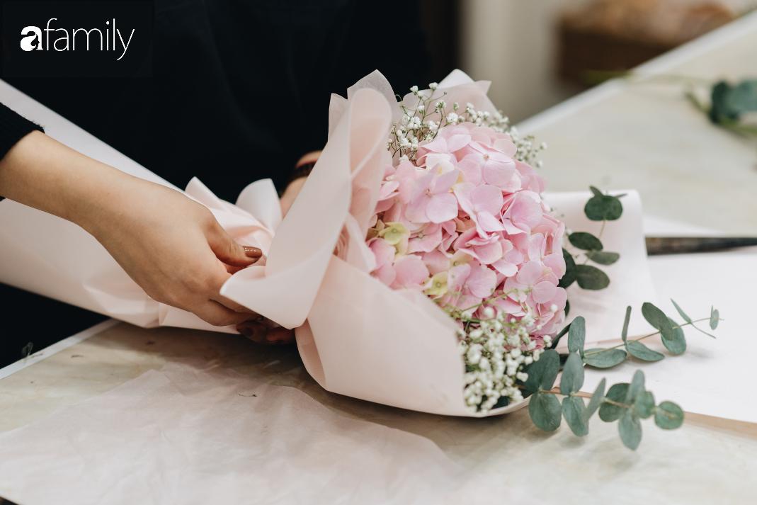 Giữa mùa dịch corona, hoa Valentine nhập khẩu vẫn đẹp ngây ngất kèm theo những món quà độc đáo xa xỉ dành riêng cho chị em - Ảnh 7.