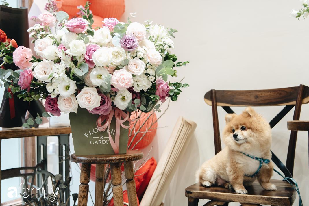 Giữa mùa dịch corona, hoa Valentine nhập khẩu vẫn đẹp ngây ngất kèm theo những món quà độc đáo xa xỉ dành riêng cho chị em - Ảnh 8.