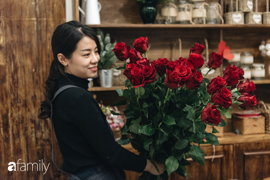 Giữa mùa dịch corona, hoa Valentine nhập khẩu vẫn đẹp ngây ngất kèm theo những món quà độc đáo xa xỉ dành riêng cho chị em - Ảnh 10.
