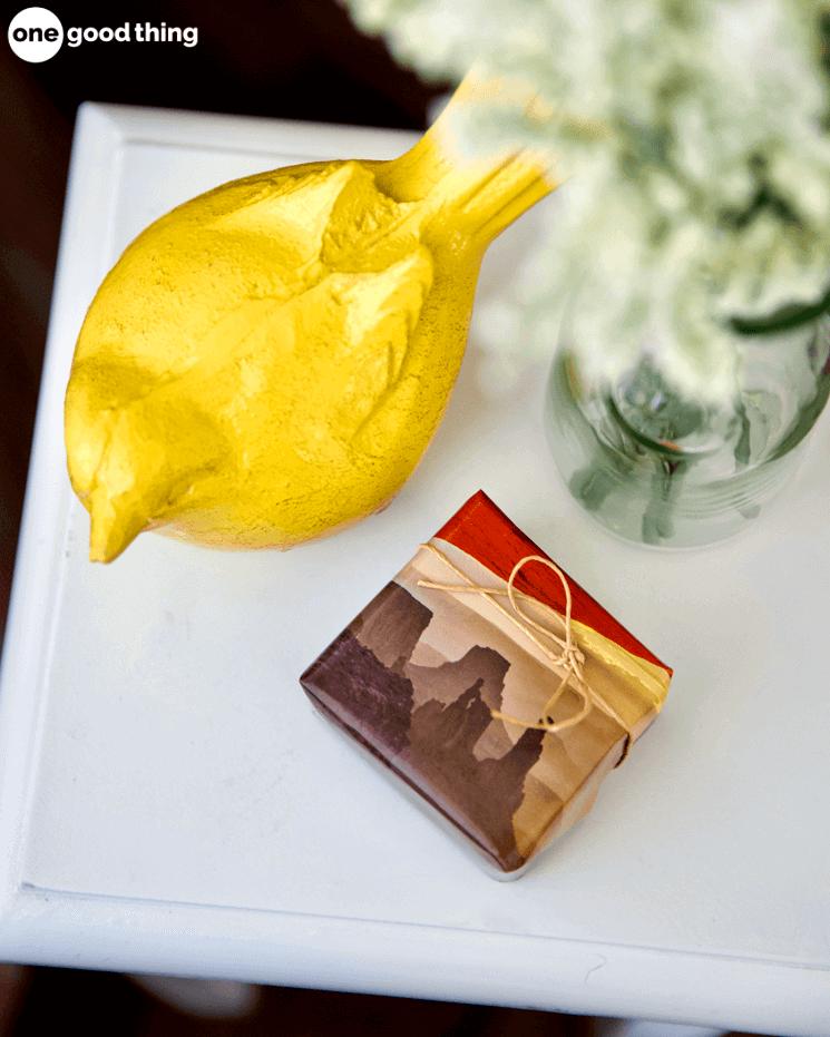 Tận dụng cuốn lịch cũ trong nhà, bạn có thể làm r 7 sản phẩm mới tinh vừ hữu ích lại tiết kiệm được tiền mu - Ảnh 3.