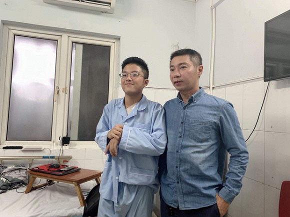 """MC Thảo Vân tiết lộ con trai được ông nội tặng """"tài sản quý giá"""" mà NSND Công Lý đã từng xin nhưng bị từ chối - Ảnh 3."""