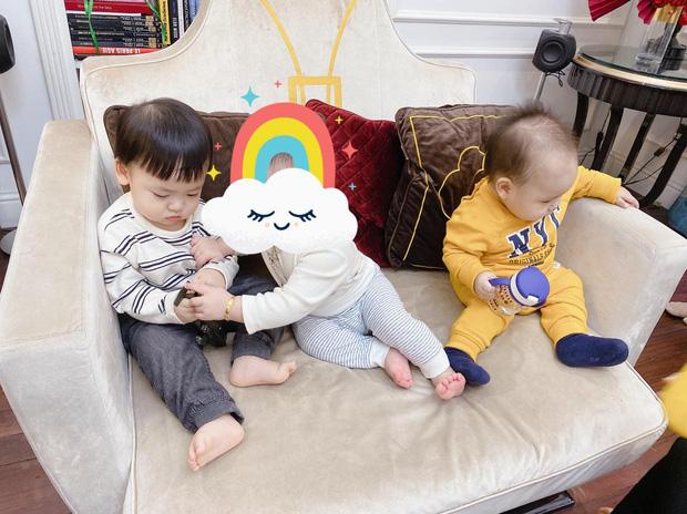"""Theo mẹ đi hẹn hò """"Hội Hoa hậu bỉm sữa"""", con trai Tú Anh trở thành nhân vật được chú ý nhất vì biểu cảm """"khó ở"""" - Ảnh 4."""