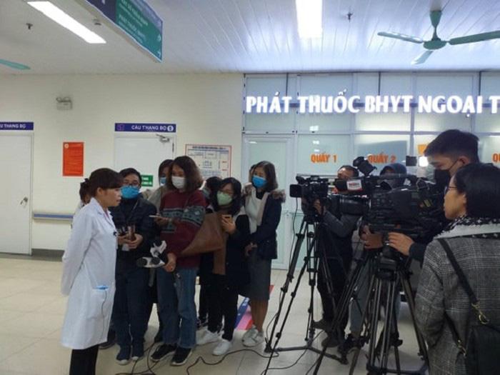 Hà Nội cách ly thêm 3 trường hợp nghi mắc Corona ở Long Biên và Thanh Xuân - Ảnh 1.