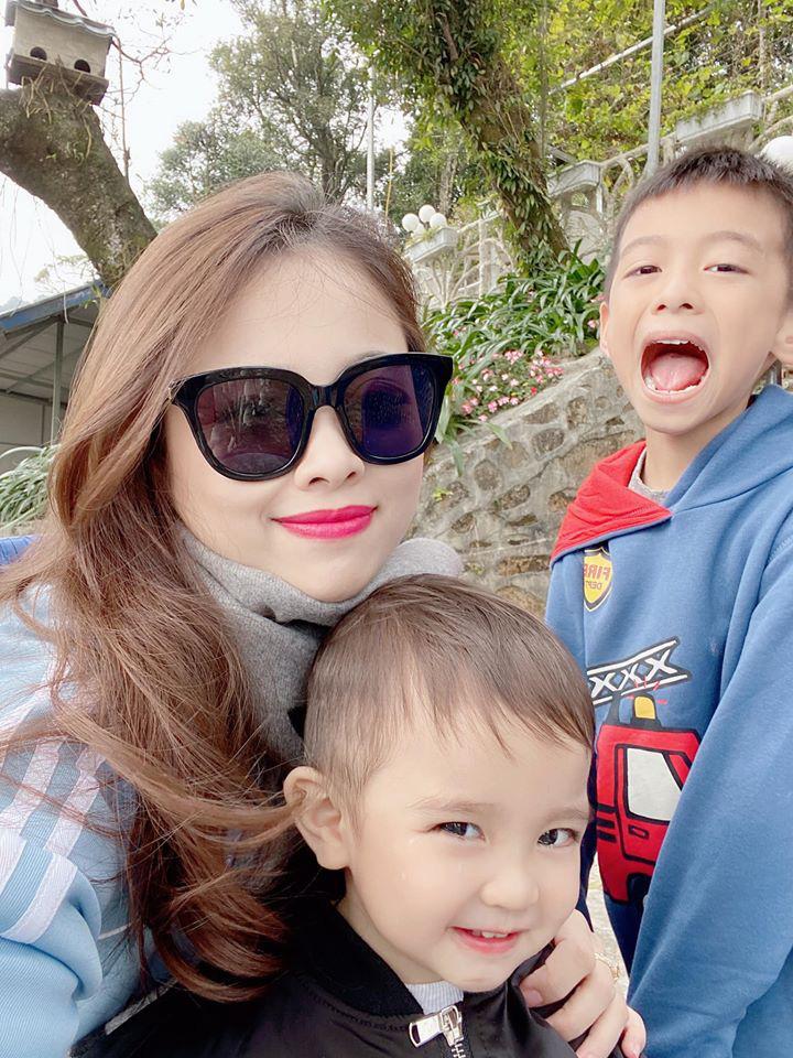 4 Hot mom nổi tiếng chi tiền mua đồ cho con: Người sành điệu như fashionista, kẻ quẹt thẻ một lần bay hết tháng lương người bình thường - Ảnh 15.