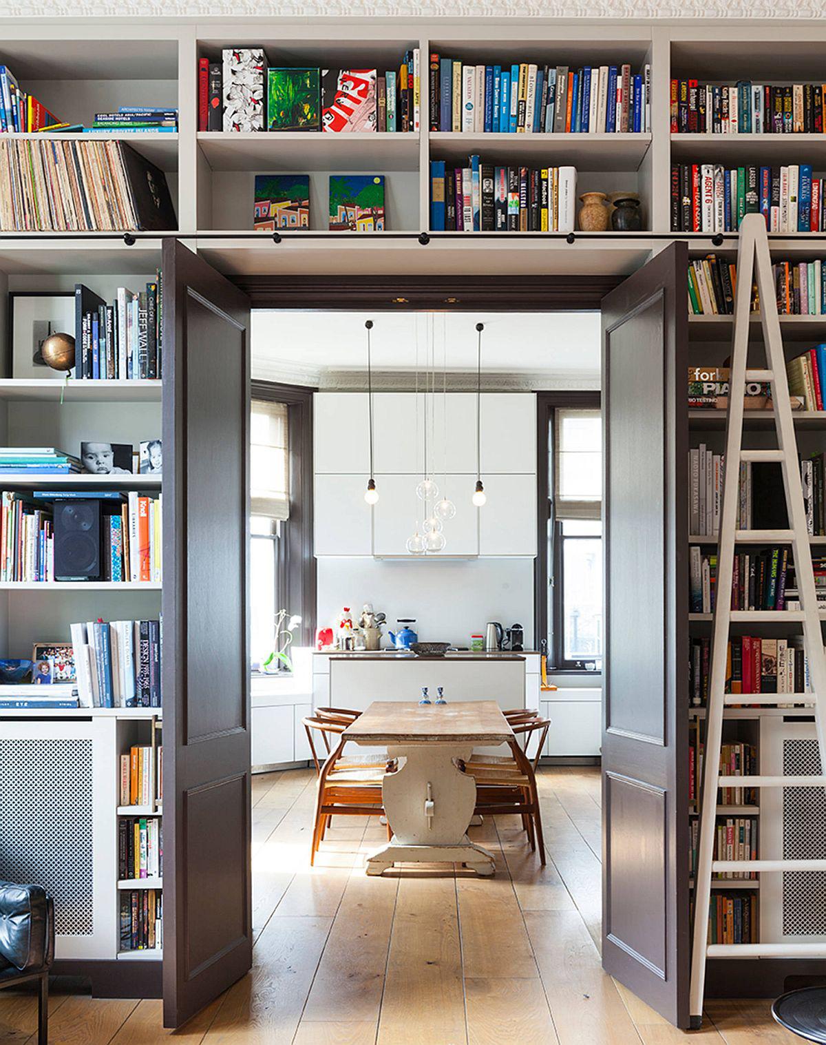 Tối đa hóa không gian trong ngôi nhà của bạn cực bắt mắt với kệ tích hợp thông minh xung quanh ô cửa - Ảnh 7.