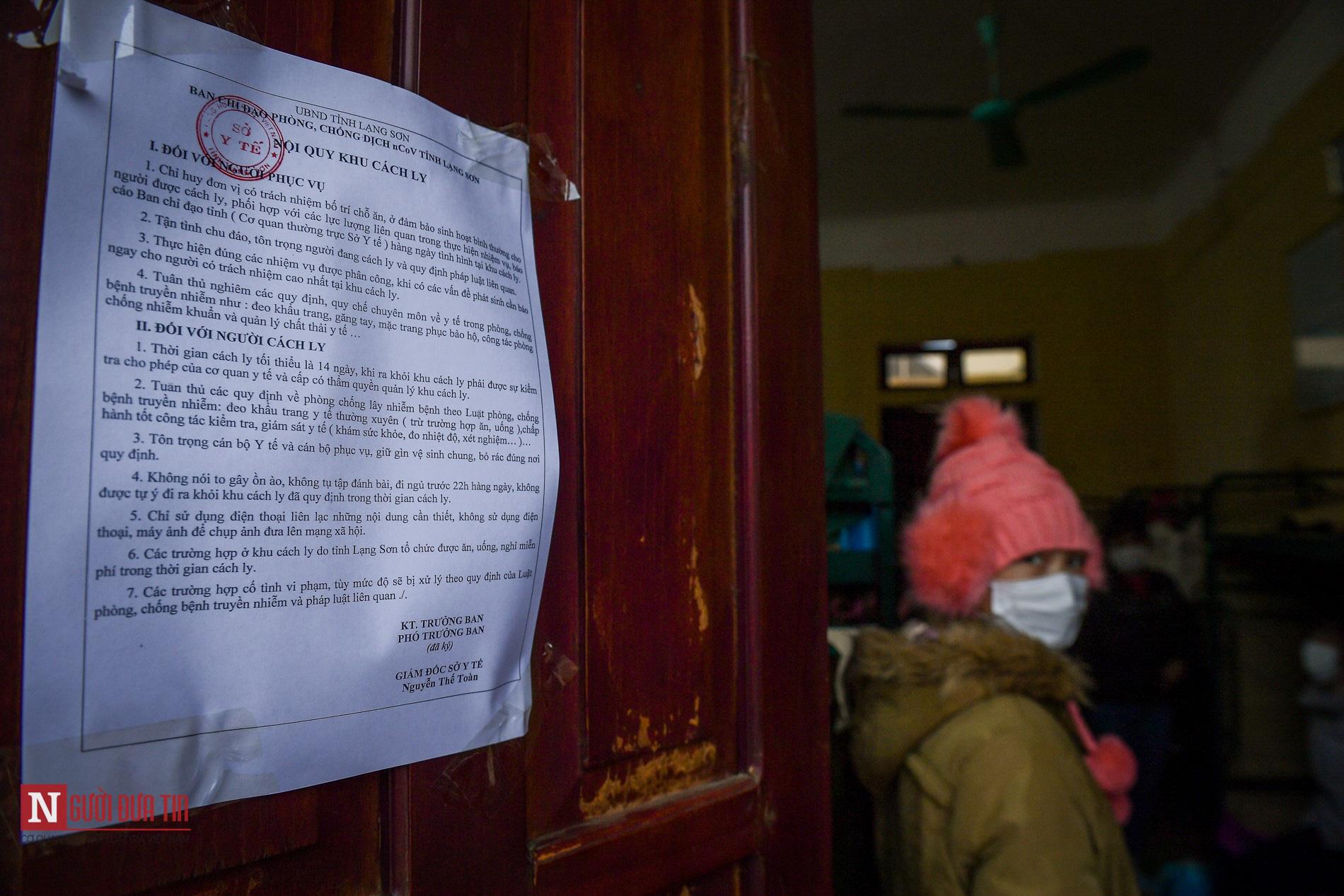 Bên trong khu vực cách ly công dân Việt Nam trờ về từ Trung Quốc - Ảnh 12.