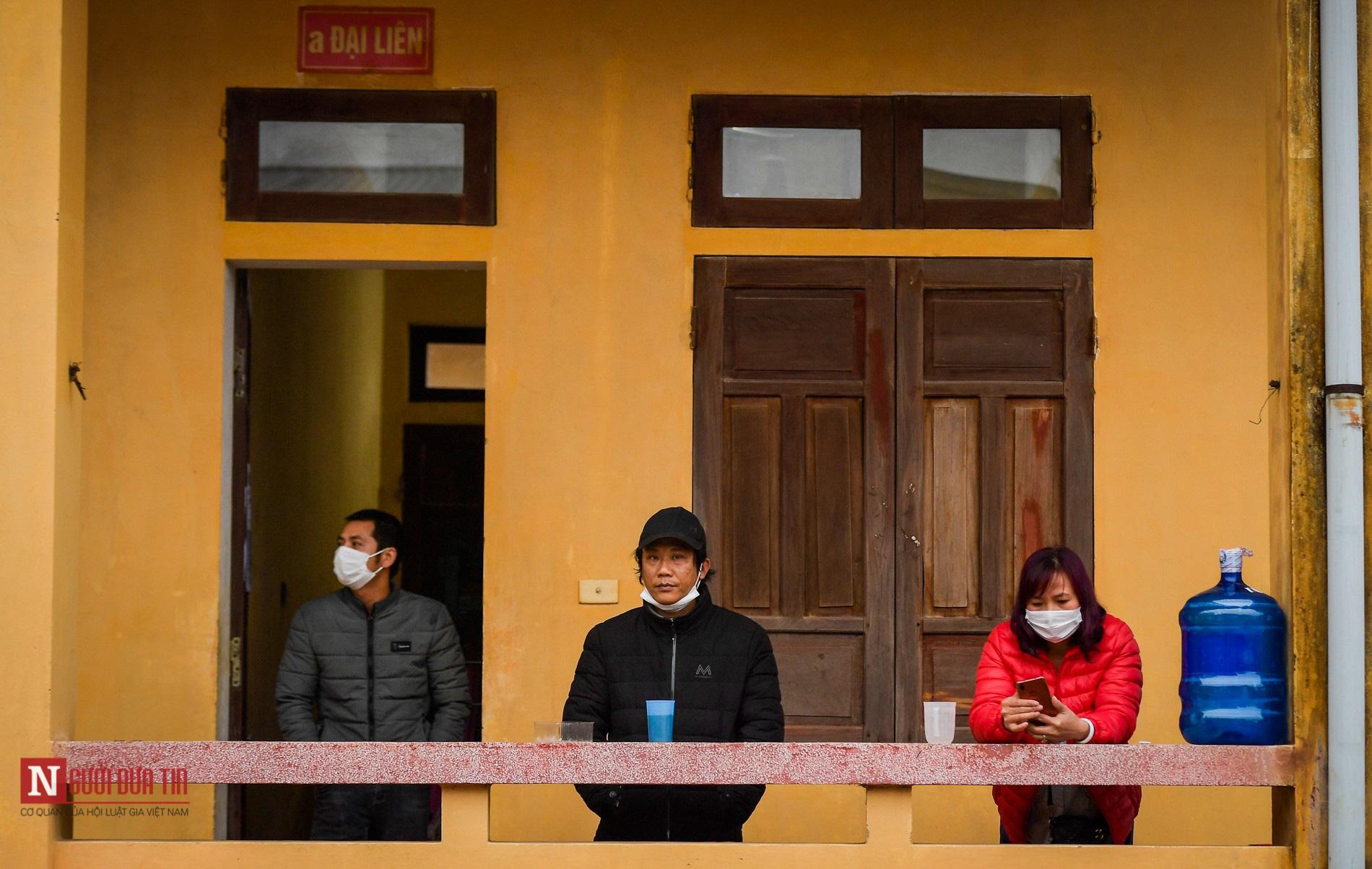 Bên trong khu vực cách ly công dân Việt Nam trờ về từ Trung Quốc - Ảnh 4.