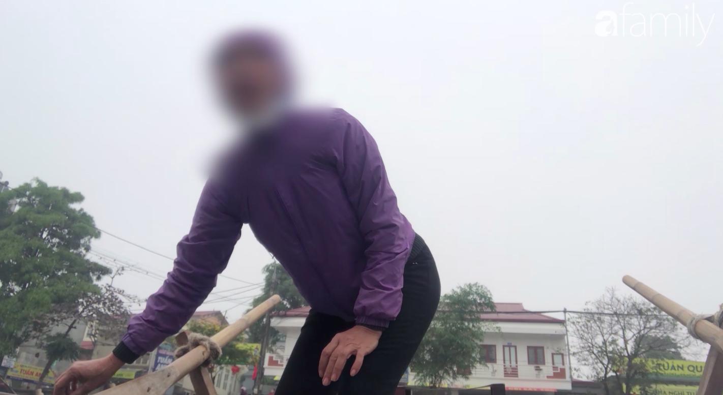 """Màn """"cưỡng chế"""" lên đò tại lễ hội Chùa Hương: Từ trên bờ xuống thuyền giá được thay đổi chóng mặt, khách từ chối đi cũng không được cho lên bờ - Ảnh 6."""