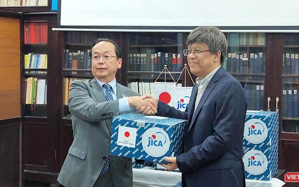 Việt Nam được JICA viện trợ lô hàng sinh phẩm giúp phát hiện nhanh, chính xác nCoV