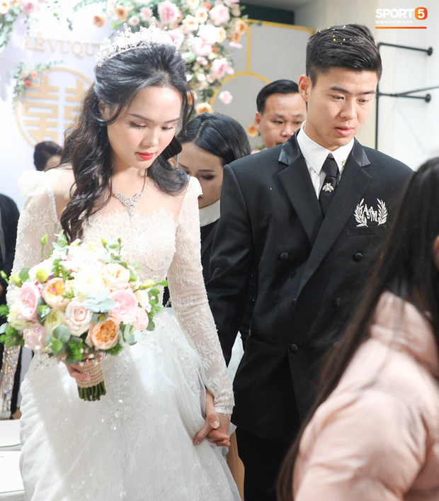 Tiếp tục màn khen nhan sắc cô dâu: Quỳnh Anh xinh muốn lịm tim, khoe layout make up chưa từng có tiền lệ tại Vbiz - Ảnh 3.