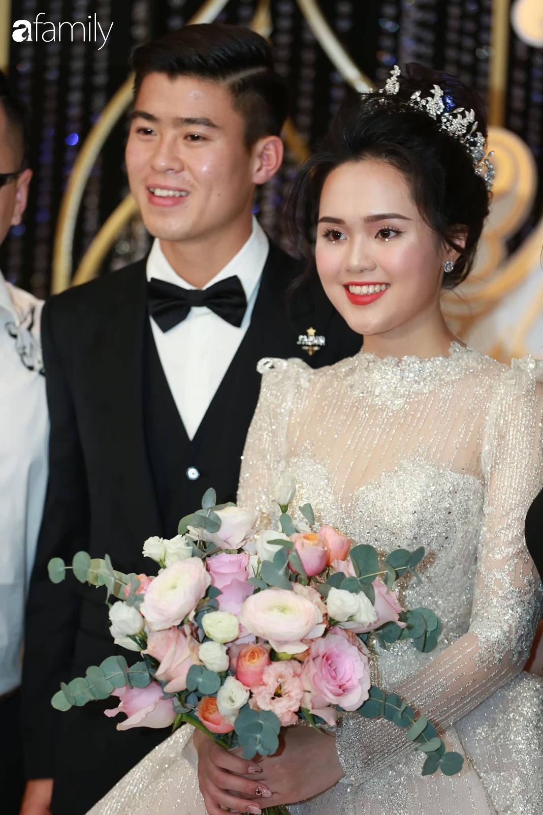 Tiếp tục màn khen nhan sắc cô dâu: Quỳnh Anh xinh muốn lịm tim, khoe layout make up chưa từng có tiền lệ tại Vbiz - Ảnh 4.