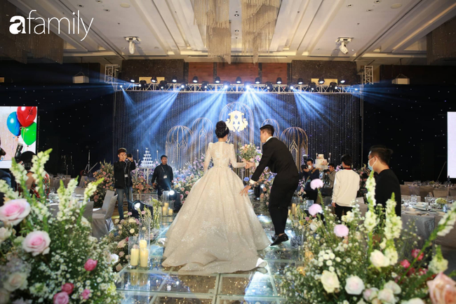 """Choáng váng với quy định ngặt nghèo của đám cưới Duy Mạnh nhưng fan hâm mộ lại """"mắt tròn mắt dẹt"""" vì dàn khách mời không ngờ tới - Ảnh 7."""