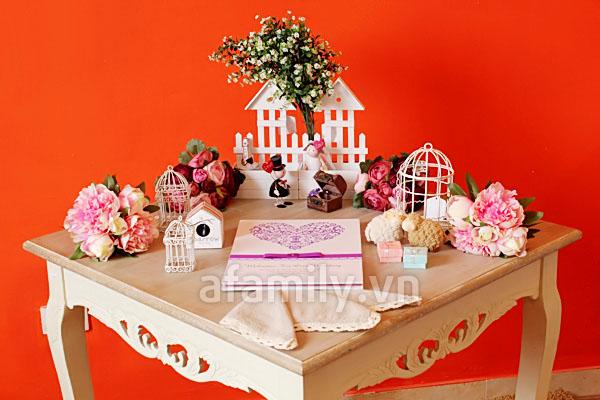 Trang trí bàn ký tên đáng yêu cho tiệc cưới
