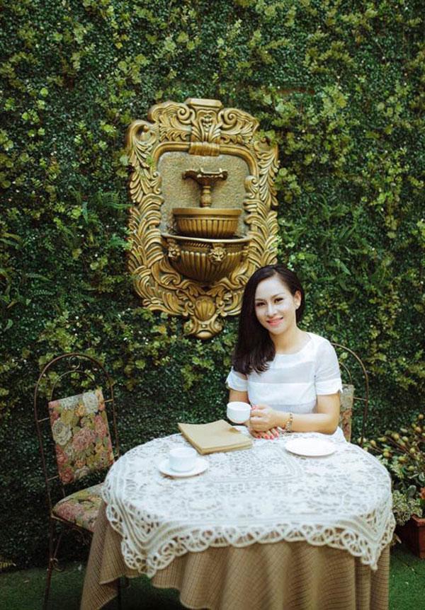 Bà chủ xinh đẹp Nguyễn Thùy Dương