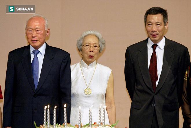 Hành trình chống lại 2 bệnh ung thư của thủ tướng Lý Hiển Long - Ảnh 2.