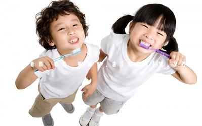 Điều trị răng nhiễm fluor thế nào? - Có thể tẩy trắng được không? 1